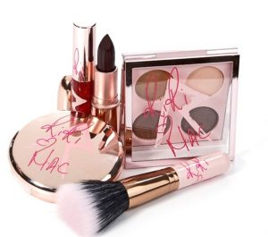 La collection RiriHearts Fall 2013 de M.A.C Cosmetics